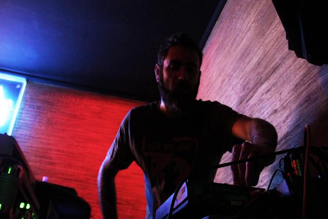 DJ Bioshi, foto di Niccolò Brighella
